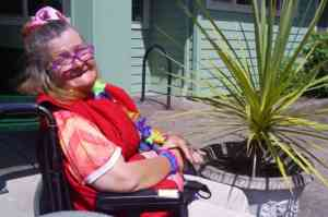 Fun in the sun at Holly Residential Care Center | #HRCC #Holly Residential